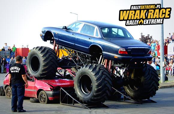 POKAZY MONSTER TRUCKÓW - MONSTER TRUCKI - WRRE RADOSTOWICE - WRAK RACE RALLY EXTREME 01.08.2015!!